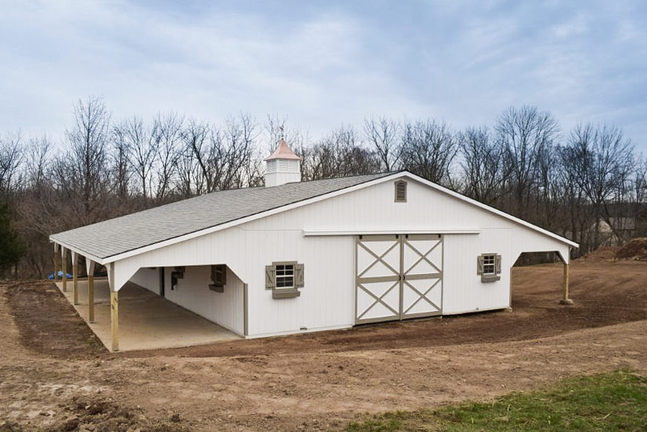 large white horse barn in va